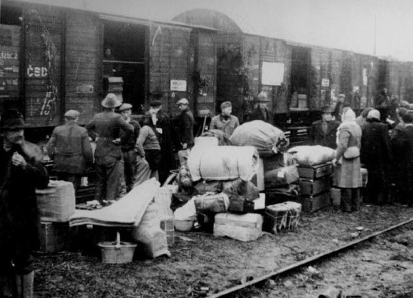 Sybiracy_(deportacje_1940-1941).jpg